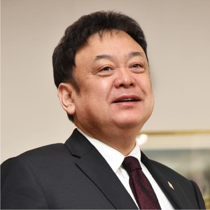 代表取締役社長 的場 克典 Katsunori Matoba